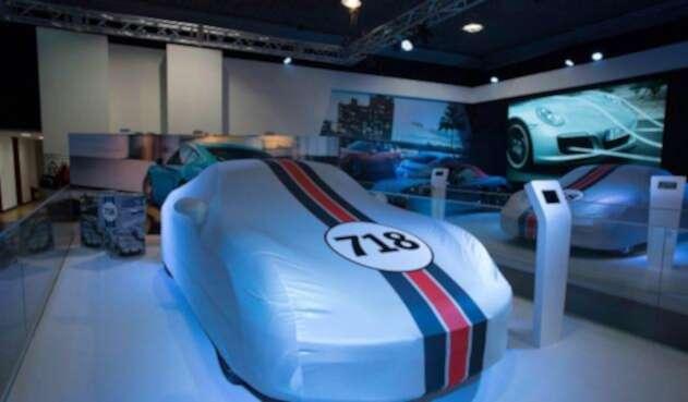 Porsche718Cayman-3.jpg
