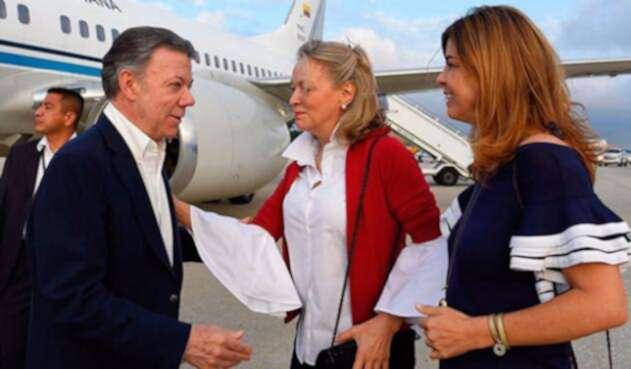 Presidente-Juan-Manuel-Santos-y-María-Emma-Mejia_Presidencia.jpg