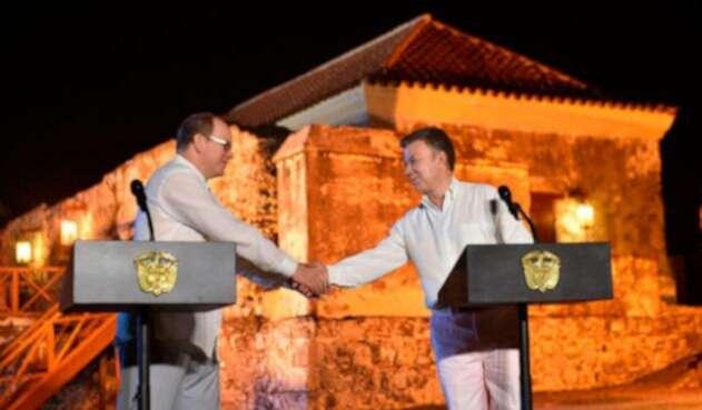 Principe-de-Mónaco-y-Juan-Manuel-Santos-presidencia-de-la-Republica.jpg