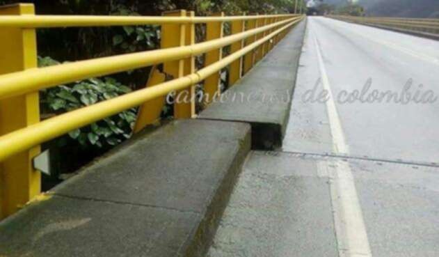 PuenteCaridadBogotaGirardot.jpg
