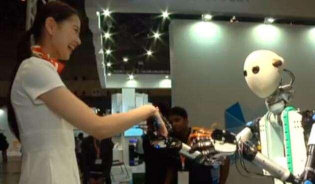 Robot-LA-FM.jpg