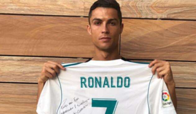 Ronaldo-LA-FM-@Cristiano.jpg