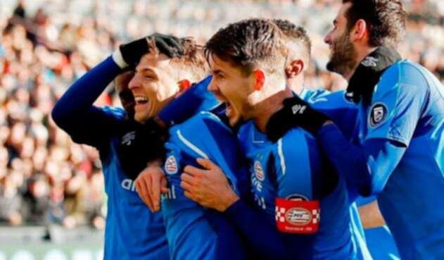 Santiago-Arias-anotó-en-el-clásico-holandés-Feyenoord-vs-PSV11111.jpg