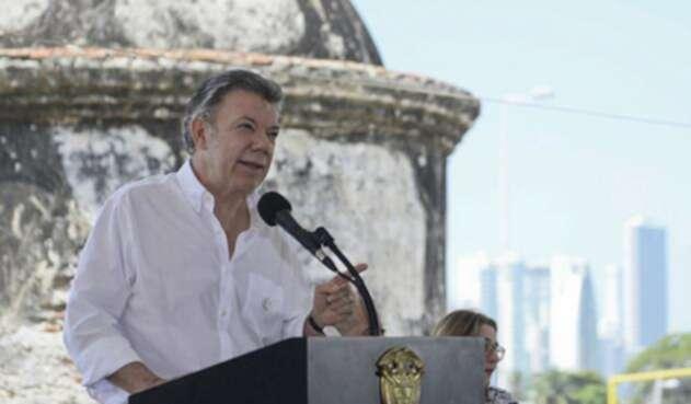 Santos-LA-FM-Presidencia-13.jpg