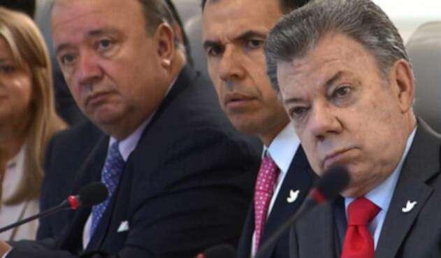 Santos-LA-FM-Presidencia-14.jpg