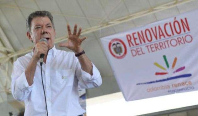 Santos-LA-FM-Presidencia-16.jpg