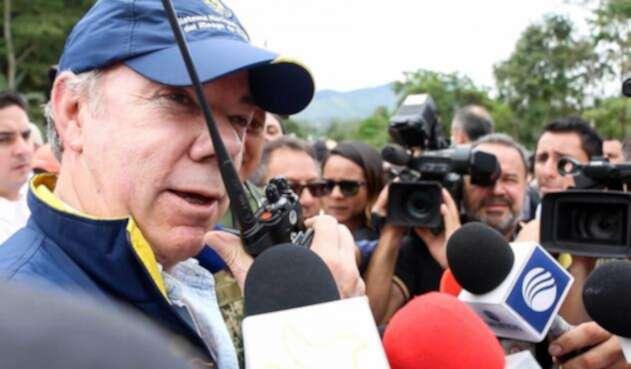 Santos-LA-FM-Presidencia-4.jpg