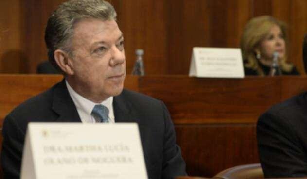Santos-LA-FM-Presidencia-de-la-República.jpg