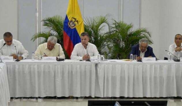 Santos-LA-FM-Presidencia12.jpg