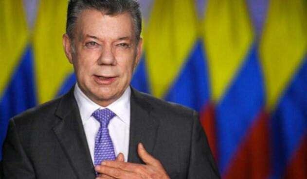 Santos-LA-FM-Presidencia13.jpg