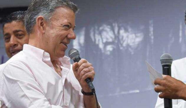 Santos-LA-FM-Presidencia19.jpg
