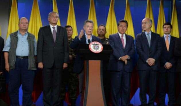 Santos-LA-FM-Presidencia5.jpg
