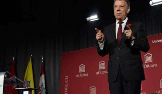 Santos-LA-FM-Presidencia7.jpg