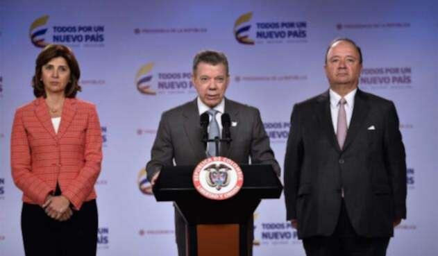 Santos-LAFM-Presidencia-2.jpg