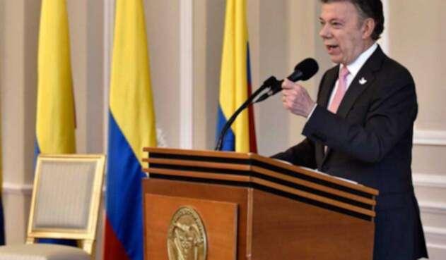 Santos-LAFM-Presidencia11.jpg