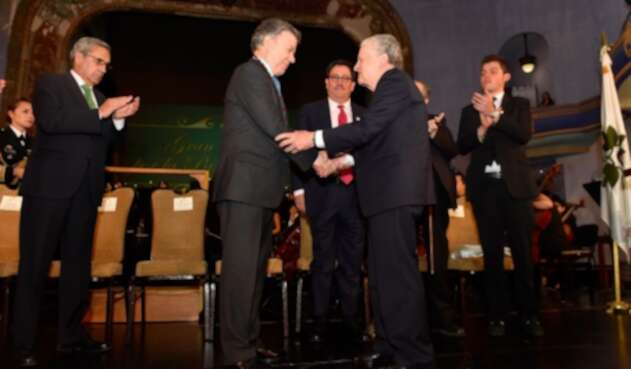 Santos-LAFm-presidencia3.jpg