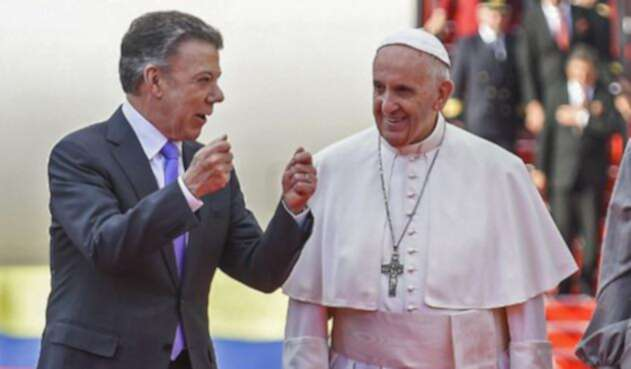 Santos-Papa-AFP-LA-FM.jpg