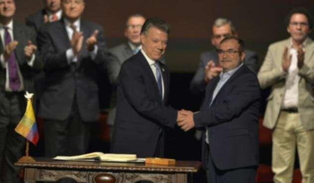Santos-Timochenko-LAFM-AFP.jpg