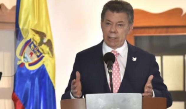 Santos-presidencia-LA-F.m..jpg