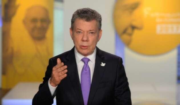 SantosPapaFrancisco1.jpg