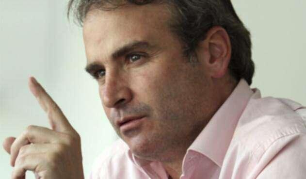 Superindustria-Pablo-Felipe-Robledo-Colprensa-Germán-Enciso.jpg