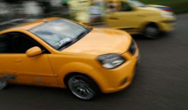 Taxis-LA-FM-Colprensa1.jpg