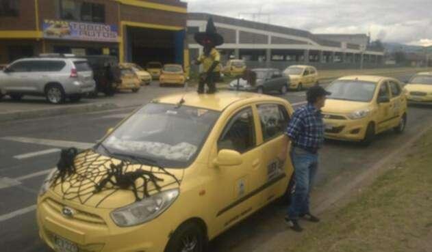 TaxisBogotaReferenciaFOTOLAFMRCN1.jpg