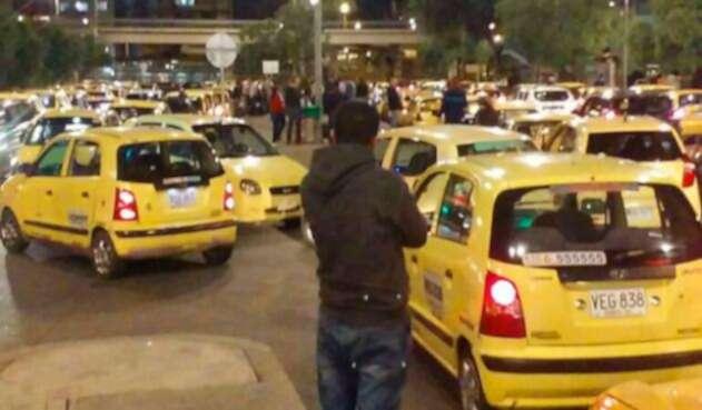 Taxistas-riña-suministrada-a-LA-FM.jpg