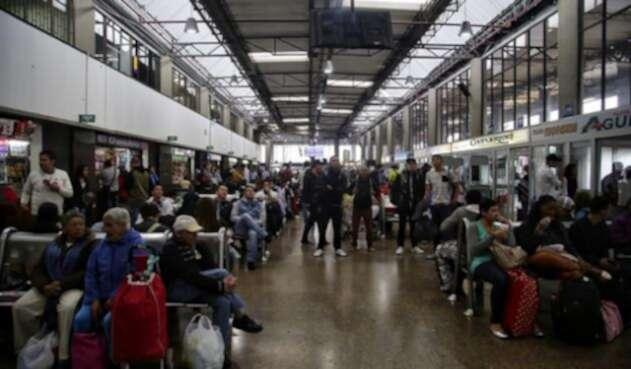 Terminal-Colprensa-Luisa-González..jpg