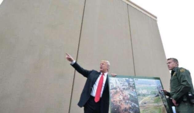Trump-Muro.jpg
