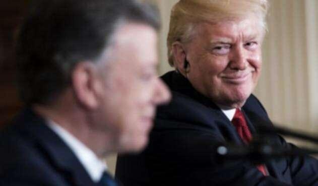 Trump-y-Santos-AFP.jpg