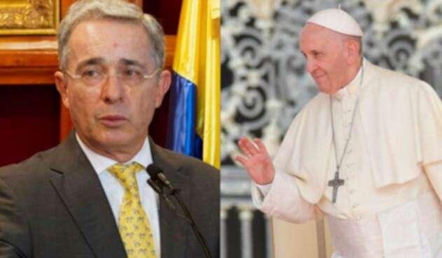 Uribe-y-papa-Francisco-AFP.jpg