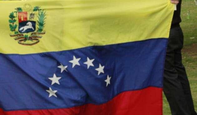Venezuela-Bandera-Colprensa.jpg