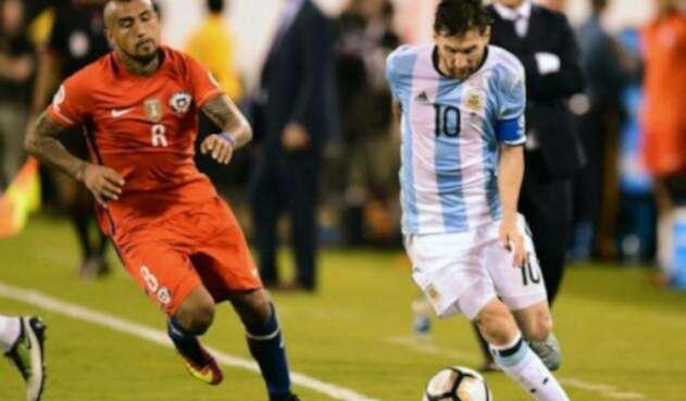 Vidal-y-Messi-AFP.jpg