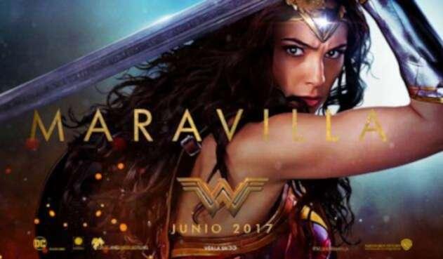 WonderWoman2017OFICIAL1.jpg