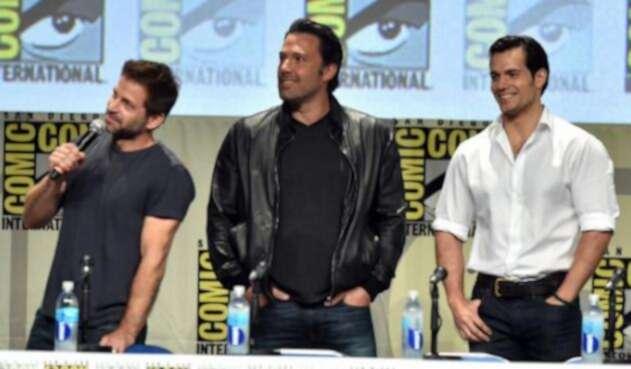 Zack-Snyder-Ben-Affleck-y-Henry-Cavill-AFP.jpg