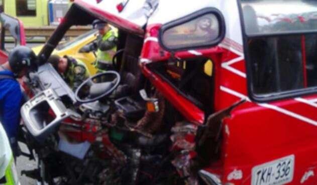 accidente-medellin-@DeBalbinV.jpg