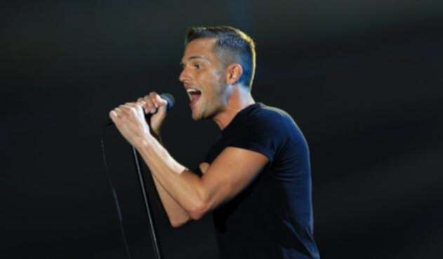 brandon-flowers-afp.jpg