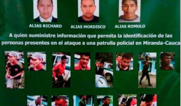 disidenciasdelasfarcpolicia1.jpg