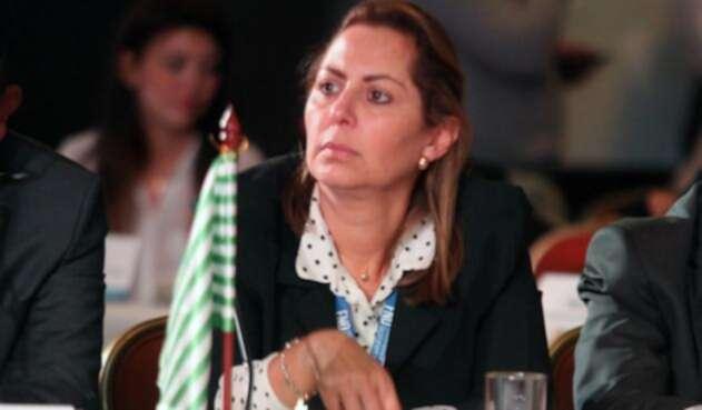 gobernadoraMarcelaAmayacolprensalafm1.jpg