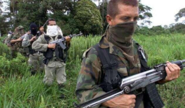 paramilitarlafm.jpg
