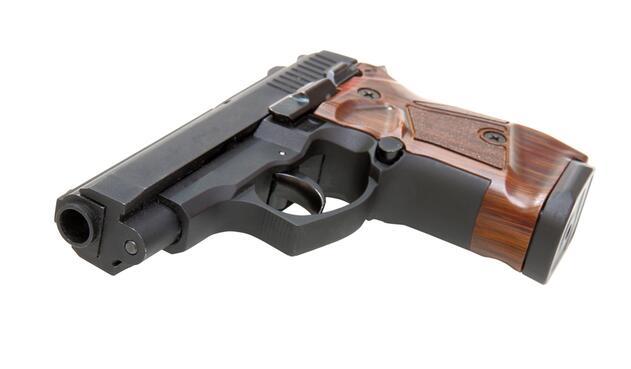 pistola1-ingimage-1.jpg