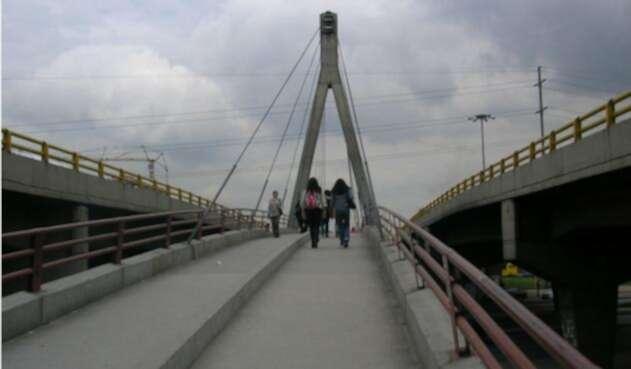 puentepeatonallafm.jpg
