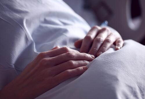 El dilema de la mujer diagnosticada con cáncer de seno que debe someterse a una mastectomía