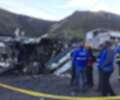 Autoridades atienden accidente de bus en Ecuador