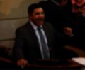 En medio de sus peticiones, el líder político reclamó por las publicaciones que ha realizado el diario El País de la capital del Valle y que, según afirma, debe rectificarse.