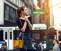 Una joven turista en Nueva York (Estados Unidos)