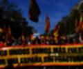 Catalanes no independentistas marchan en Barcelona