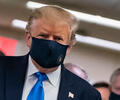 Donald Trump con tapabocas