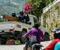 Militares en las calles de en Puerto Príncipe, Haití